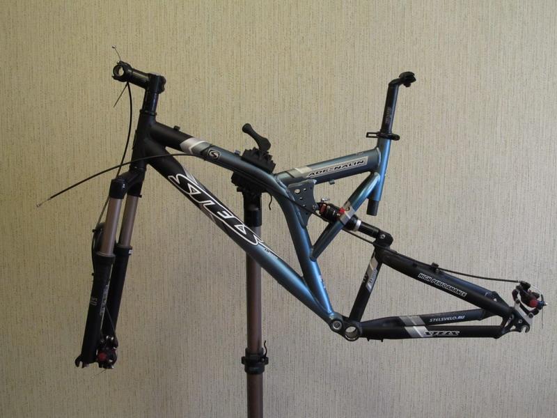 Как сделать подставку для велосипедов 41