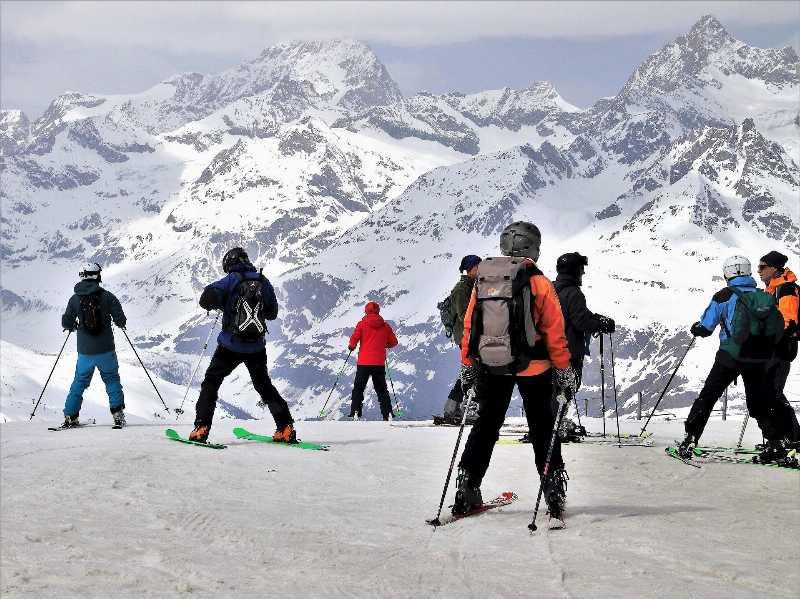 Лыжный спорт и сноуборды