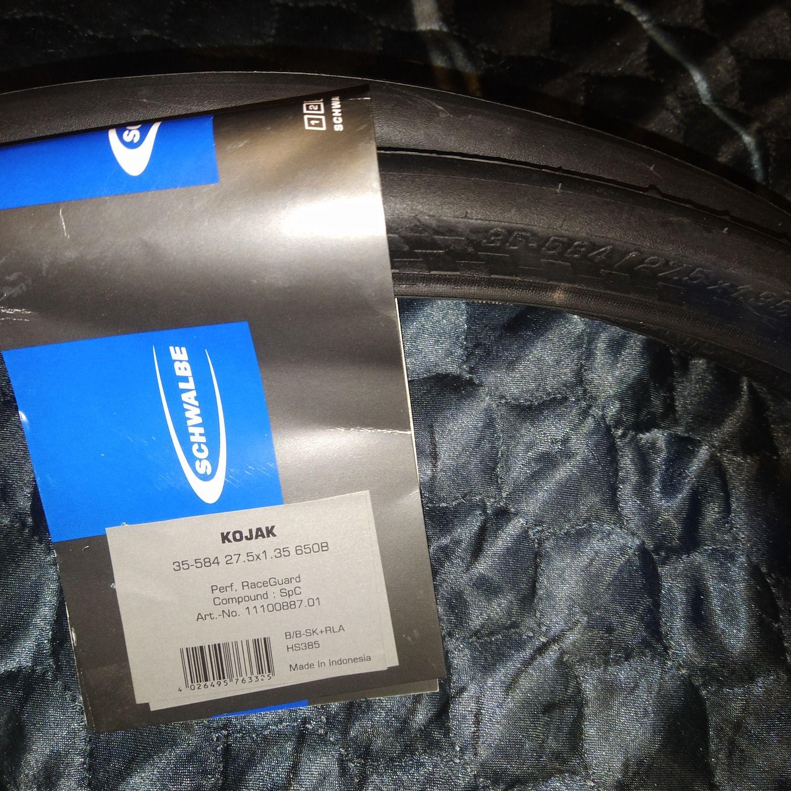 Покрышка Schwalbe Kojak Performance  27,5x1,35  650B антипрокол RaceGuard