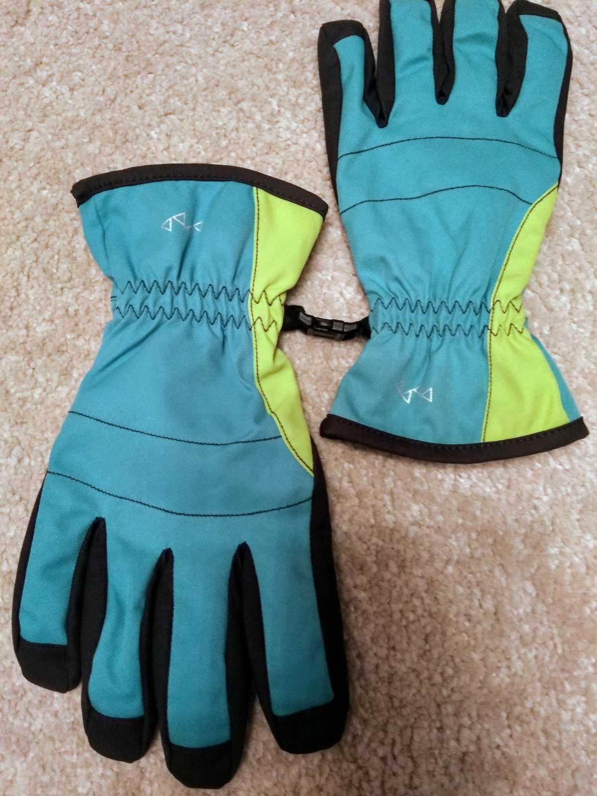 Осенние женские перчатки S/7.