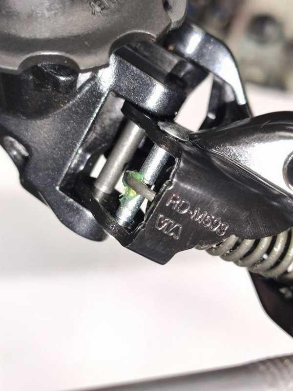 Задний переключатель Shimano Deore RD-M593 10 скоростей SGS. Новый.