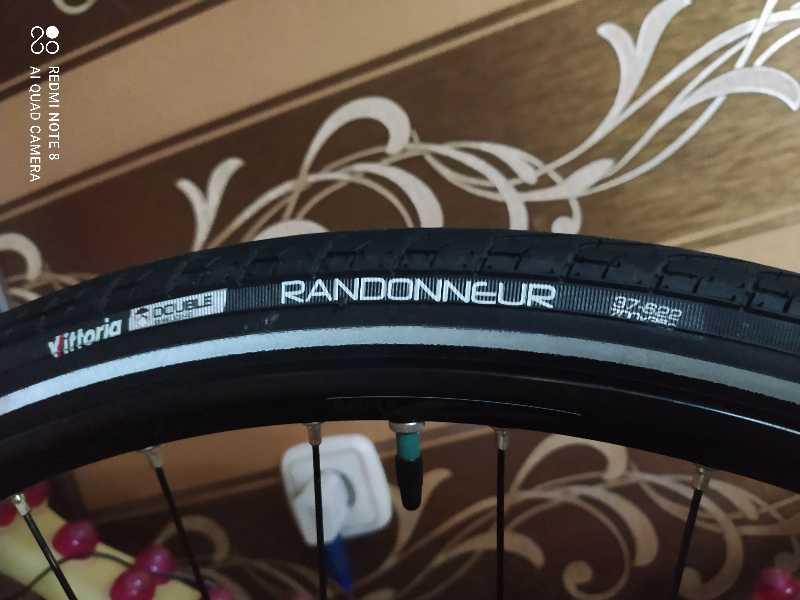 Велопокрышка Vittoria Randonneur II Bicycle Tire 700x37 PAIR Touring Cyclocross Cross Hybrid