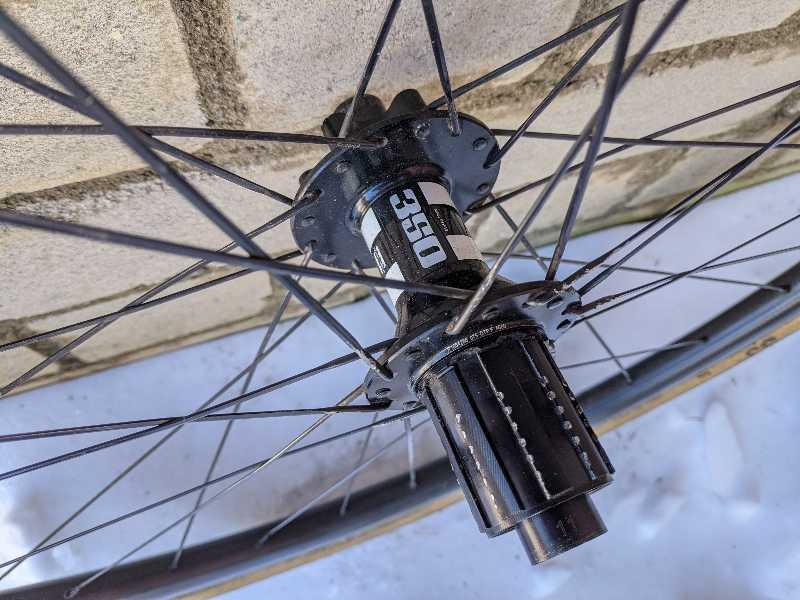 Заднее колесо для ЦК, Гревел, шоссе (Carbon)