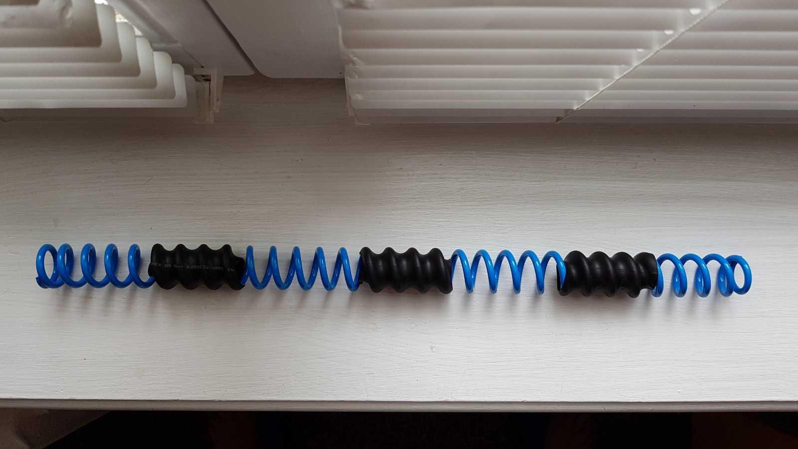 Пружина синяя на вилку RockShox для BoXXer/Domain 35мм.ноги.