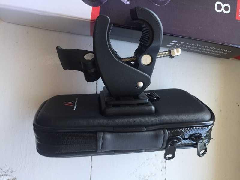 Гродно.Цена 25р.  чехол для телефона на руль MC-688.