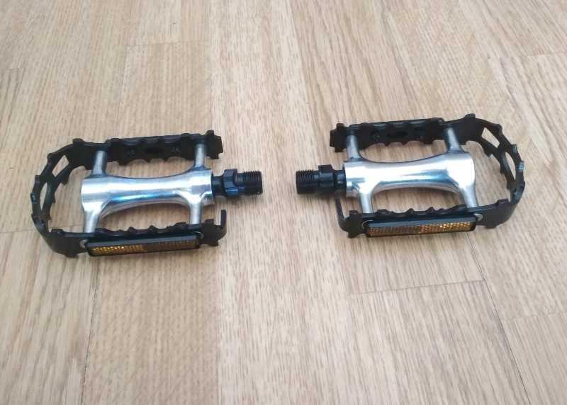 Педали легкие алюминиевые VP-195