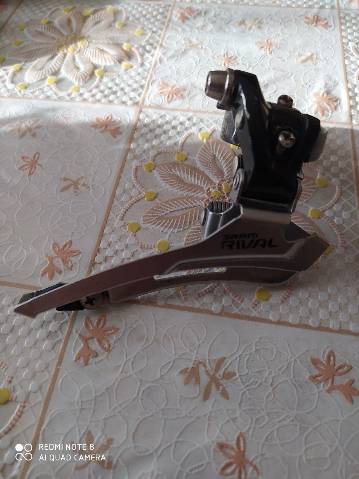 Передний  переключатель sram rival с хомутом под трубу 35 мм