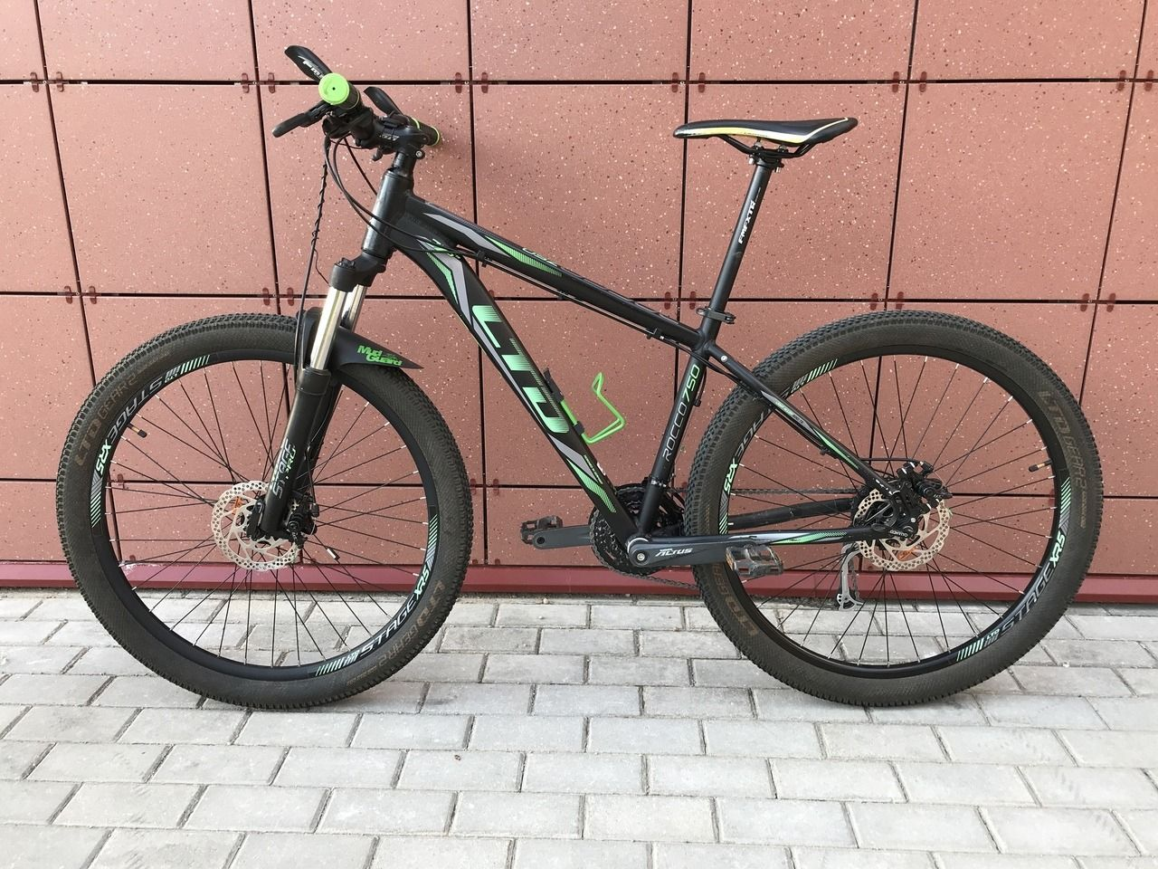 LTD Rocco 750 27.5