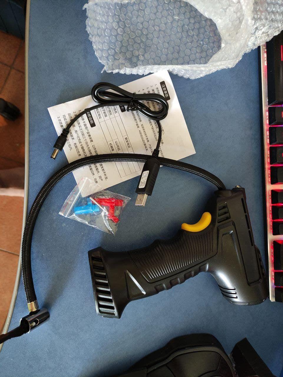 Велокомпрессор, аккумуляторный электронасос