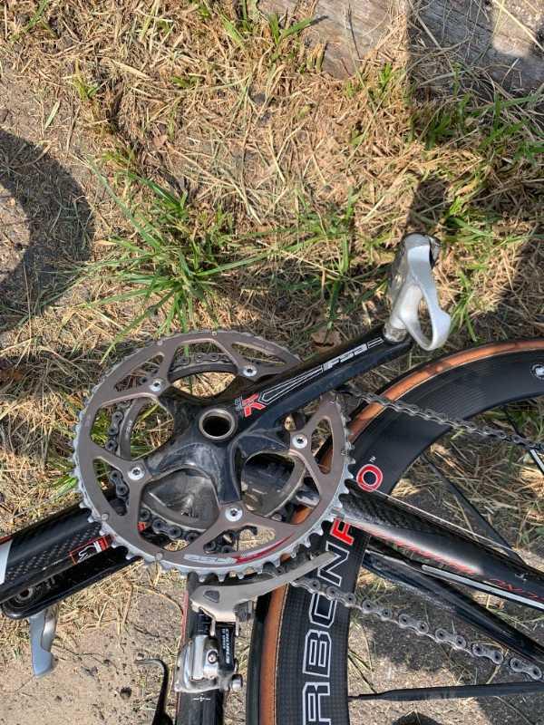 Карбоновый шоссейный велосипед Look 585