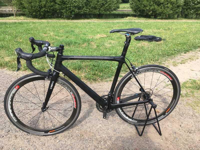 Чёрный шоссейник 8,3 кг