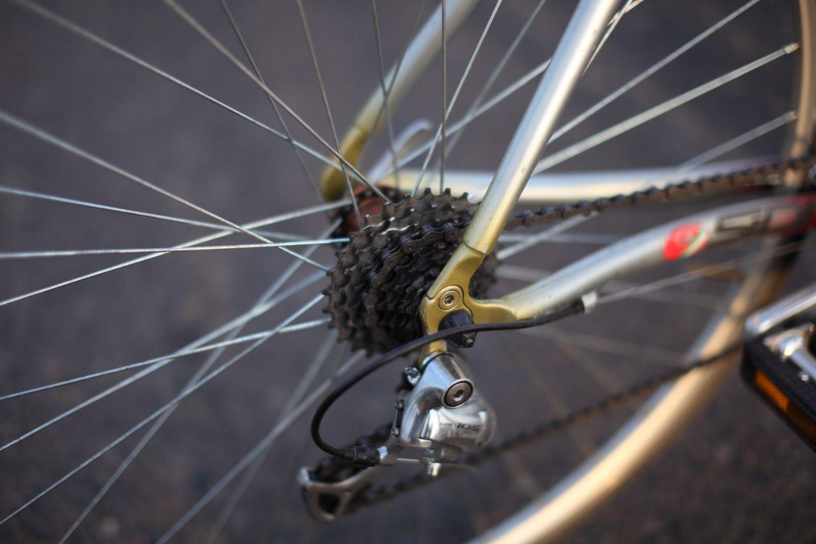 Шоссейный велосипед «BIRIA»
