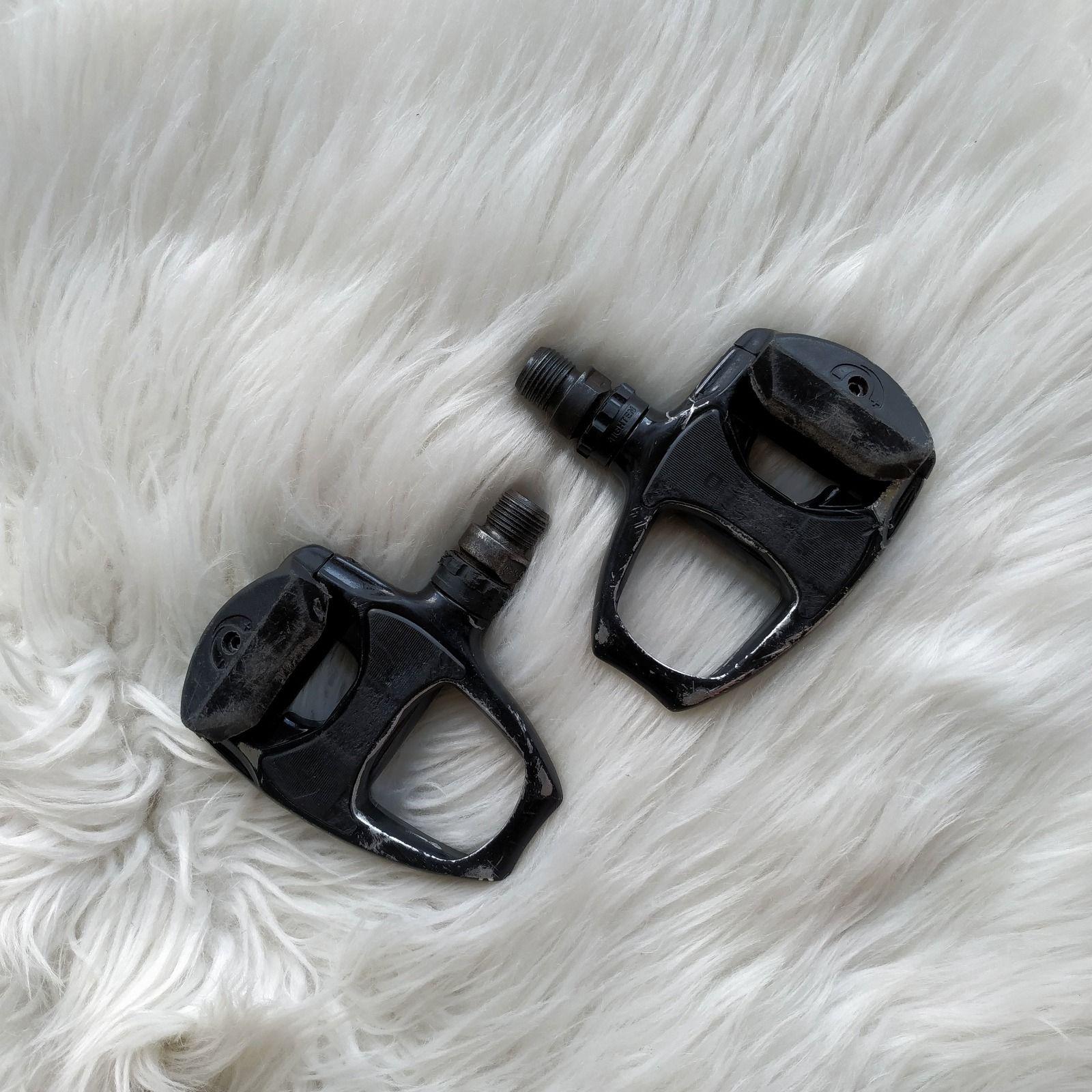 Контактные педали (шоссейные) SHIMANO PD-R540