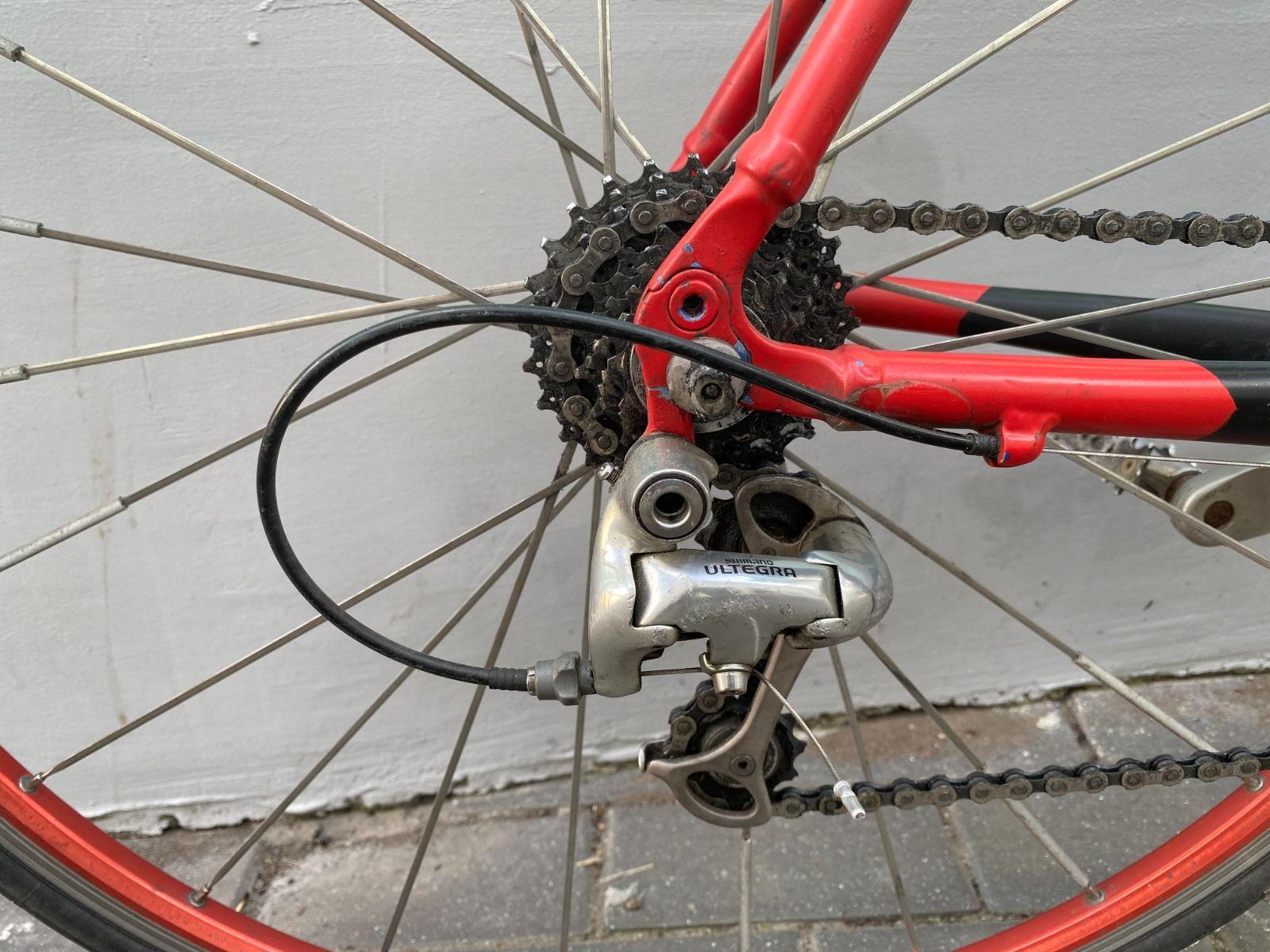 Шоссейный велосипед Easton