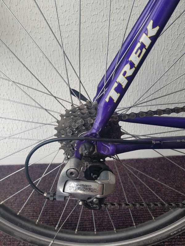 Шоссейный велосипед Trek
