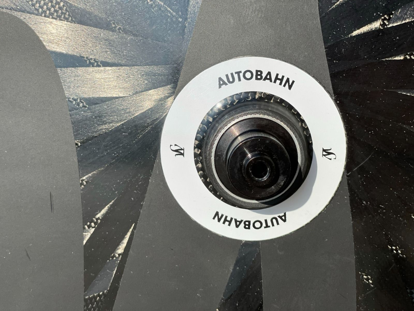 Колесо заднее дисковое Lightweight AUTOBAHN 28