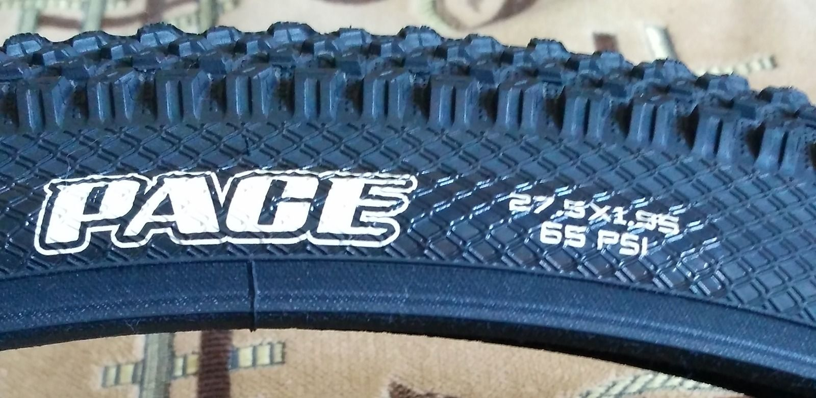 Maxxis PACE 27x1.95