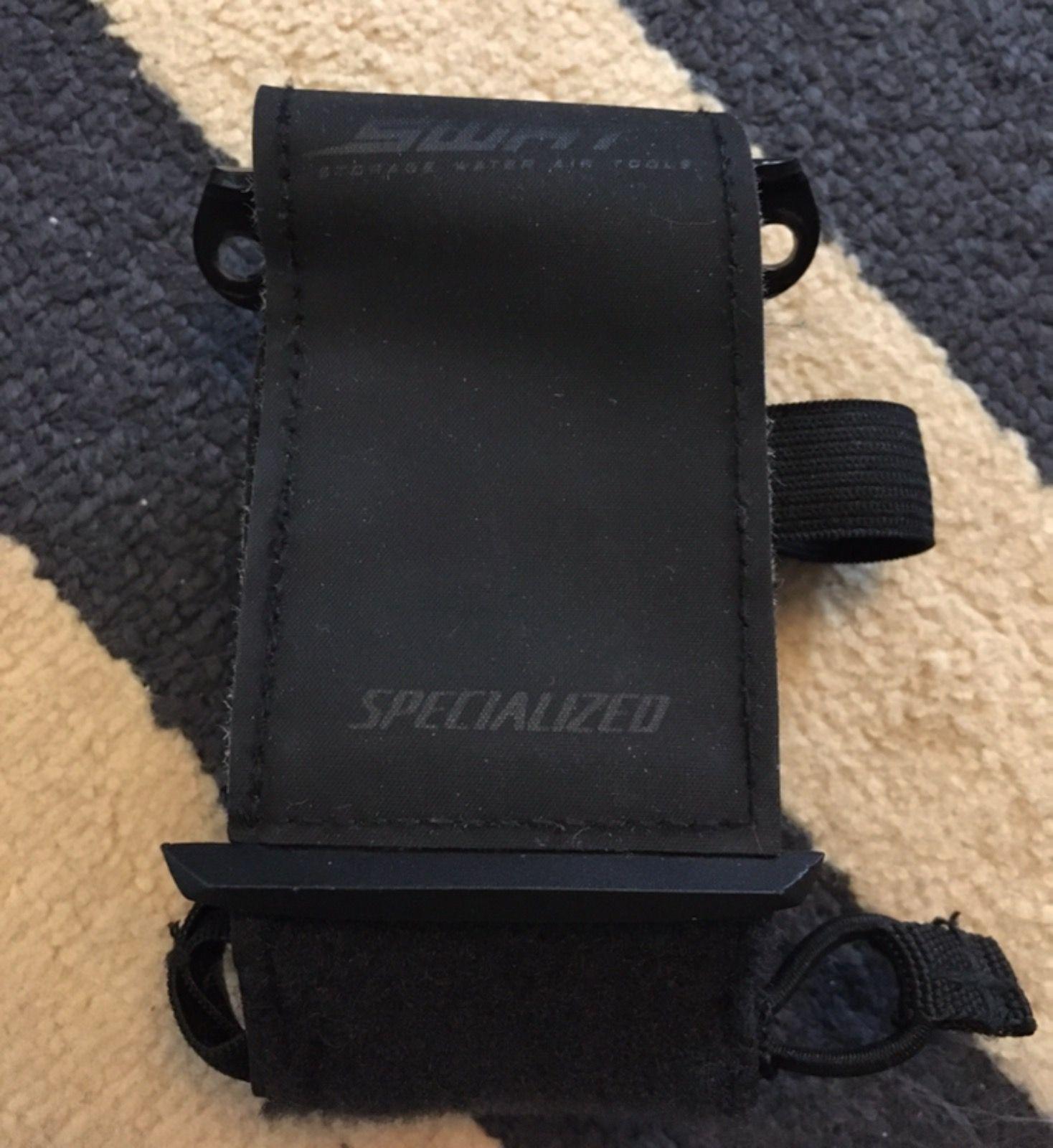 Подседельная сумка стреп Specialized