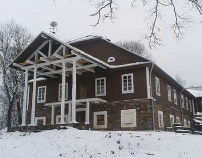 Усадебный дом (дерев.)