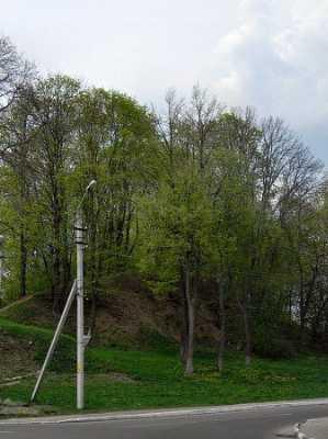 Земляные укрепления (вал Ивана Грозного)