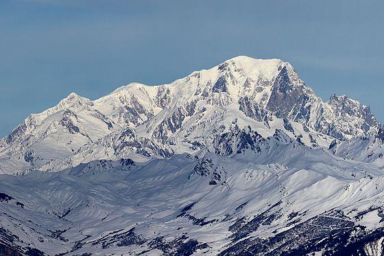 560px-Mont_Blanc_depuis_Valmorel_2.jpg
