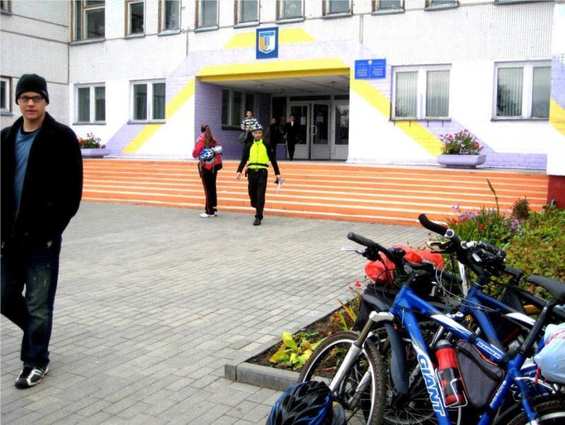 14_Zhod-School1.jpg