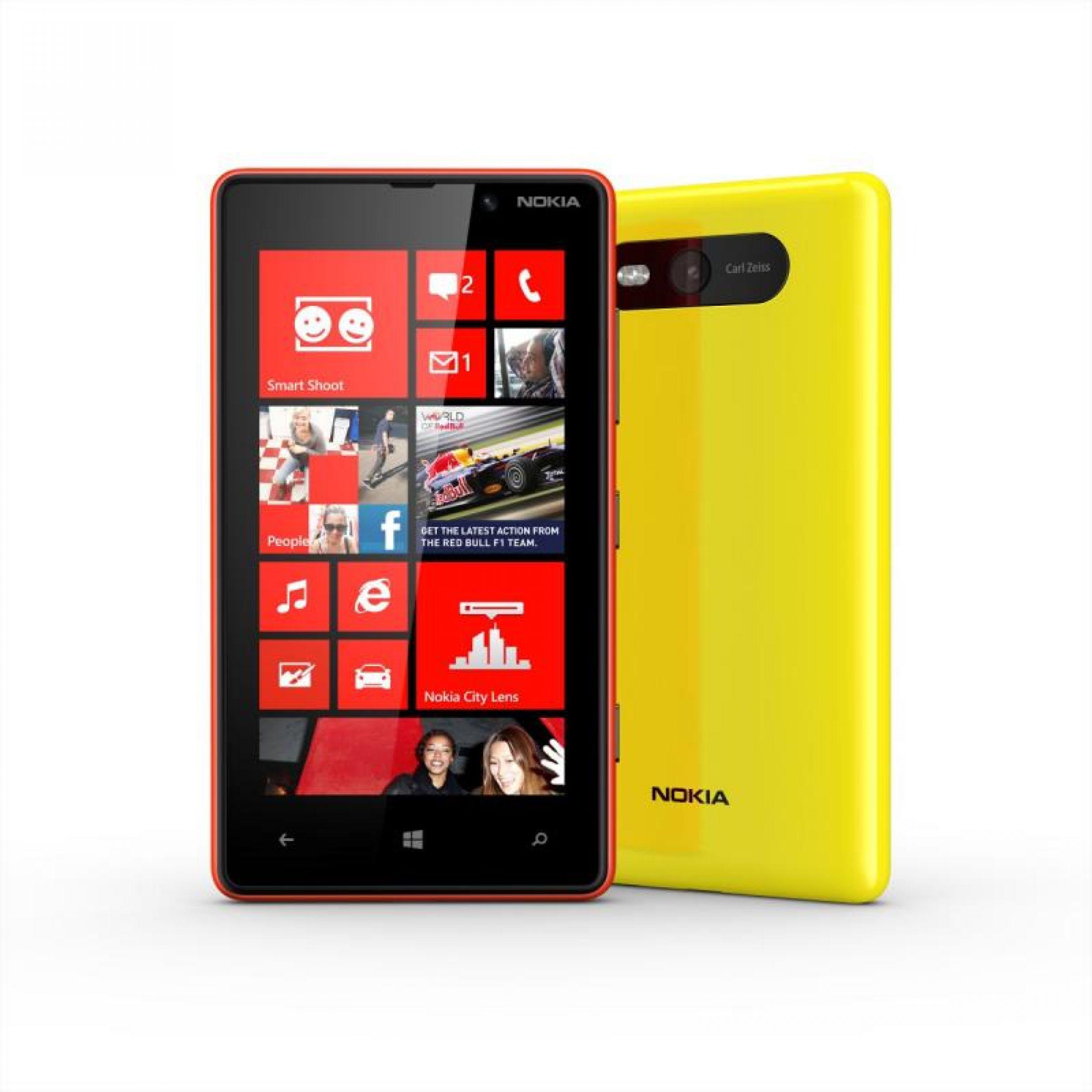 Nokia_Lumia820_01_enl.jpg