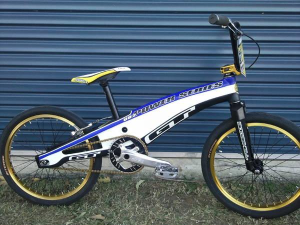 bikes_009_copy23_lg.jpg