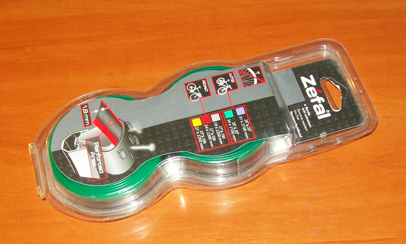 Zefal_puncture_tire_liner.JPG