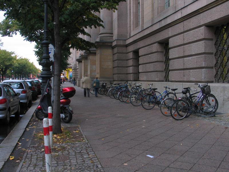 Berlin-beside-the-bank.jpg