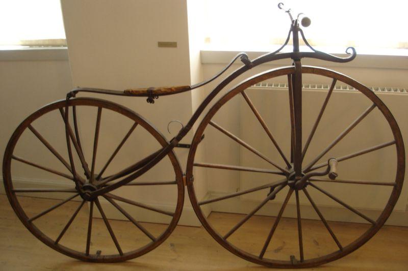 800px-Bicycle_1865.jpg