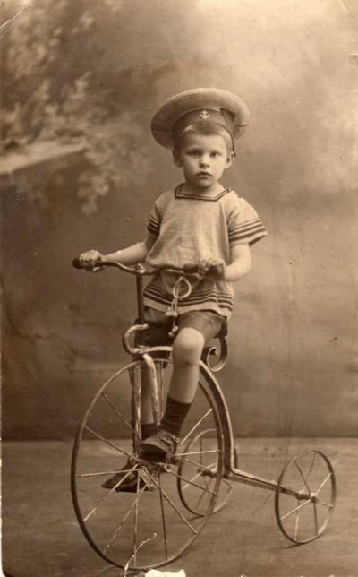 1910.jpeg