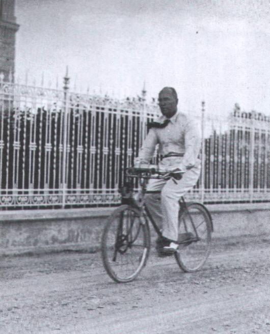 bike-mussolini.jpg