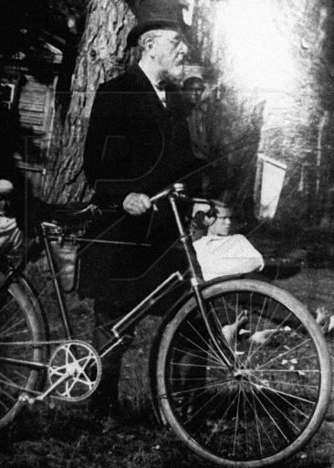 bike-ciolkovsky.jpg